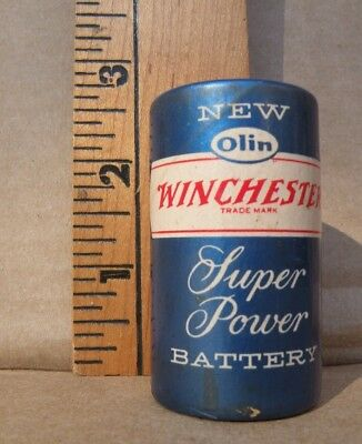 Vintage Winchester Battery 1 1/2 volts No. 73. Very Clean