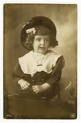 c 1907 Cute LITTLE GIRL Oronotype German photo postcard