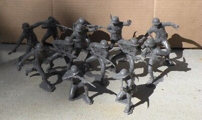 Vintage Lot of (13) 1963 MARX 6-INCH German Soldiers Army Men