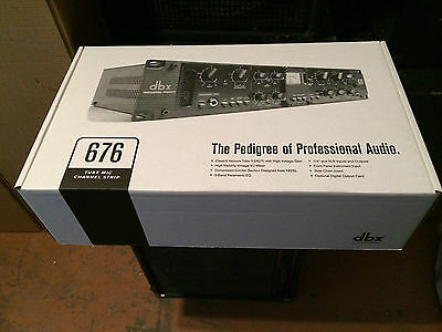 dbx 676  Tube Microphone Preamplifier Channel Strip/mic pre amp/in box //ARMENS