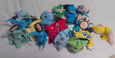 Lot of 18 Neopets McDonalds Clip On Pets plush Petpet