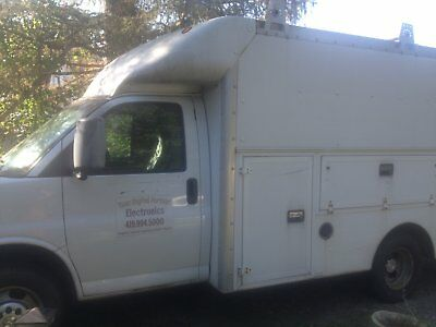 2006 Chevy Express Service Truck w/ Tool Boxes