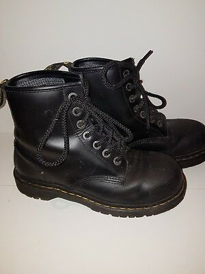 dr martens black leather ankle boots safety wear size 6