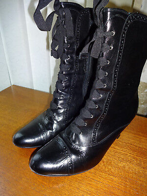 CLARKS 'mocha' Black leather victorian style Ankle boots size 6 worn once