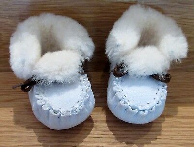 baby dolls vintage boots  BABY DEER Children Size 2 trainers ugg 3 - 6 months