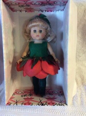 "VOGUE HI IM GINNY 8"" Collectible Doll GINNY CABBAGE ROSE"