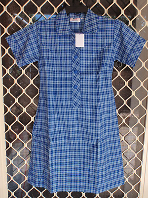 BNWT SIZE 12 CHEST 80cm GIRLS SCHOOL UNIFORM DRESS - DARK BLUE CHECK (KIDS ) DZ