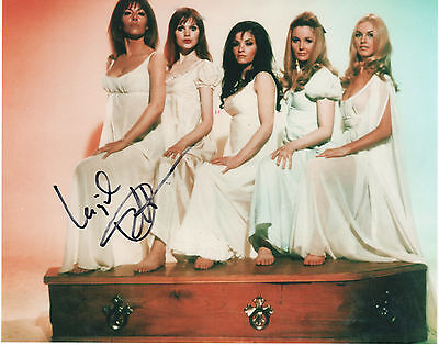 INGRID PITT - SIGNED PORTRAIT  (C 523) 174 VAMPIRE LOVERS Certified