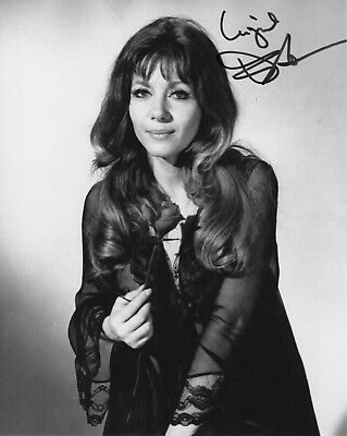 INGRID PITT - SIGNED PORTRAIT  (C 564) 64 Certified Vampire Lovers