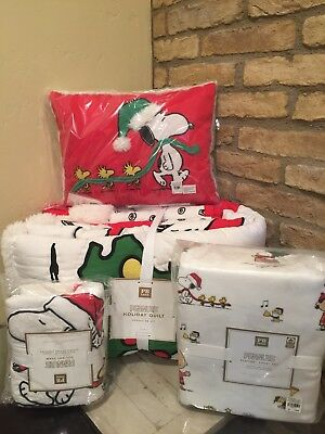 Pottery Barn Teen Peanuts Holiday Twin Quilt Sheet Set Sham Snoopy Pillow NEW