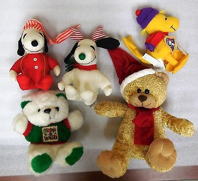 Plush Toy Holiday Lot  Snoopy Pooky Woodstock More