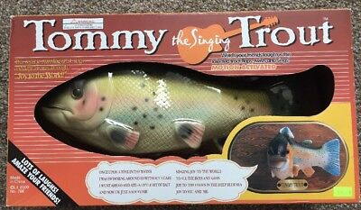 2000 Tommy the Singing Trout  Motion Activated Wall Plaque - NEW
