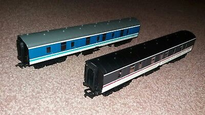 2X 00 Gauge Carriages (1Bachmann 1 Unknown ) Excellent Used Conditions