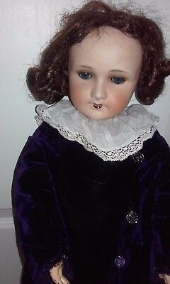 Great beautiful Antique doll  biscuit  JUMEAU