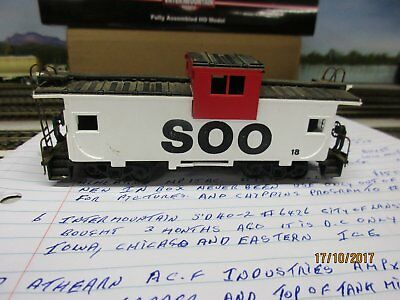 Ho Scale Athearn/round House Soo Caboose #18
