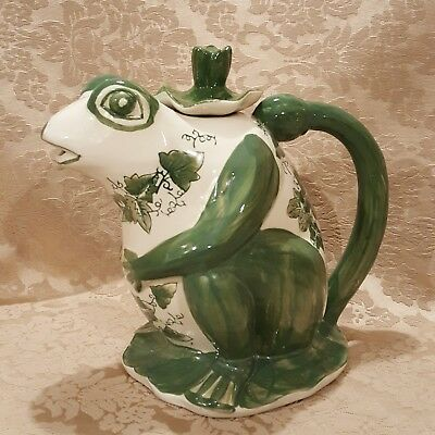 Very Large Ironstone Victoria Ware Reproduction MAJOLICA Frog Pitcher with lid