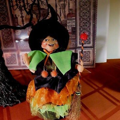 """Annalee Halloween 10"""" Witch - #302312 - Nwt- 2012 - W/ Broom - Red Tip On Broom"""