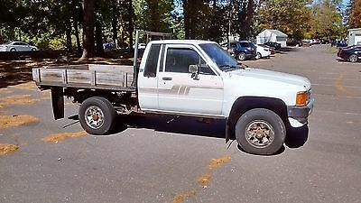 1986 Toyota Other XTRA 1986 Toyota Sr5 XTRA Cab 4x4 Flatbed Pickup