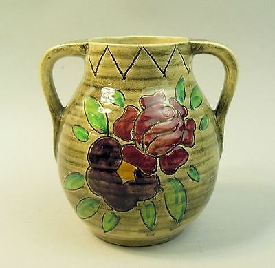 AN ART DECO MABEL LEIGH SHORTER & SONS POTTERY VASE 1930's