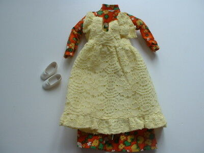 1970s Sindy Pinny Party outfit