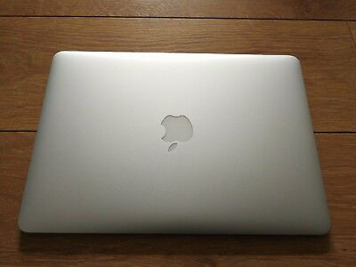 Apple MacBook Air 2017 MQD42 13 Inch i5 8GB 256GB. FREE 1ST CLASS DELIVERY