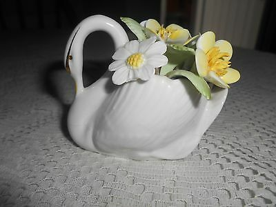 Royal Doulton Swan-Collectable-Vintage