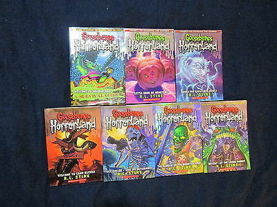7 Goosebumps Horrorland Series 1 4 8 9 13 14 Survival Guide Books R L Stine A18