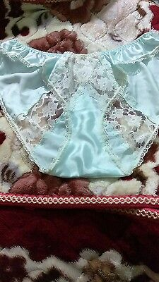 Vintage Christian Dior high cut satin and lace panties, 7 (large) size