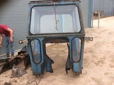 Ford 4600 Cab