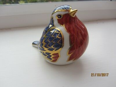 Royal Crown Derby Robin paperweight - gold stopper 1990