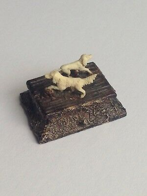 Finely Carved Antique Victorian Sporting Dogs Miniature - Winterberg Germany