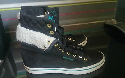 ADIDAS fur lined boots size 4