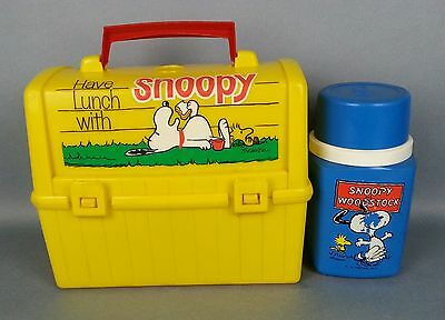 Snoopy Luchbox & Thermos Vintage Go To School