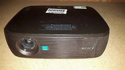 SONY VPL-ES3 LCD Projector - 2682 Bulb Hours Used