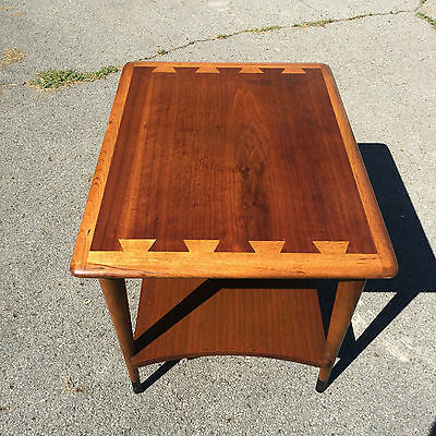 Mid century Lane Acclaim side table