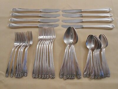 "1847 Rogers Bros ""daffodil"" Silver Plated Grille Set - Service For 8"