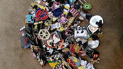Disney Trading Pin lot of  25 HM-RACK-LE-CAST no dupes SHIP FAST 100% tradable