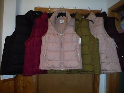 Women;s Puffer Vests Old Navy 2XL,XL,M,Full Zip, 2 side pockets,Some nice Color