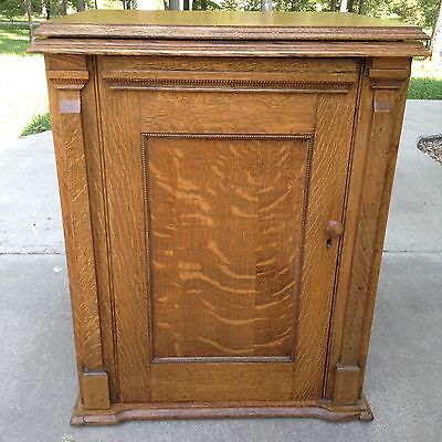 Antique Oak Open Side Sewing Cabinet With Damascus Grand Sewing Machine