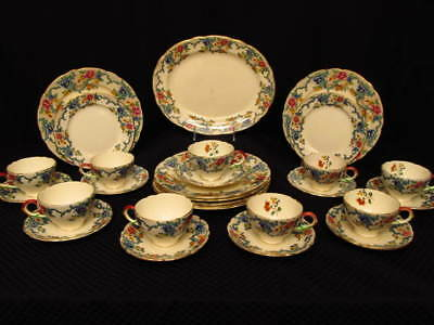 28pc Royal Cauldon VICTORIA #V7173 Luncheon Plate, Cup & Saucer Set, England
