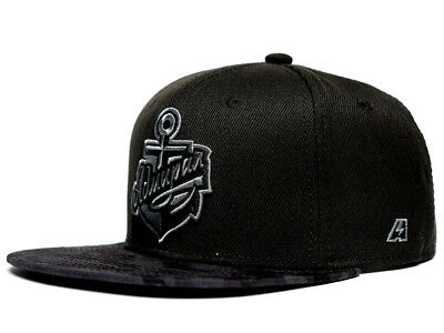 HC Admiral Vladivostok KHL FlatBill Snapback Hat. Officially licensed, black