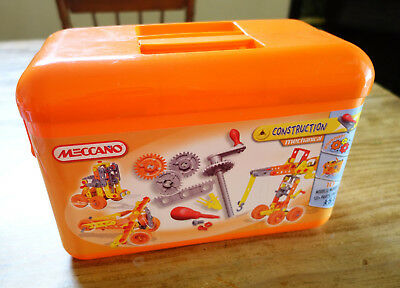 Meccano - Mechanical Construction Set - No 0261 - 10 models