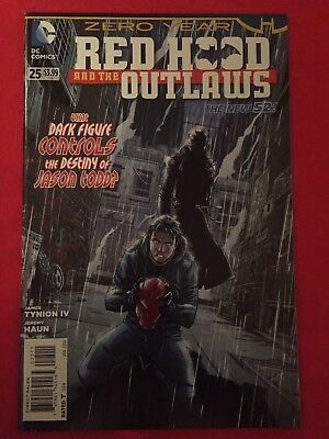 Red Hood And The Outlaws #25 New 52 DC