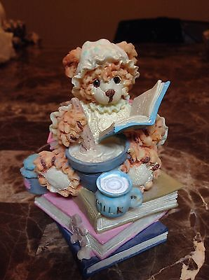 House of Lloyd, 1996 Anco, Cooking Bear, Sitting on Books, reading recipe book