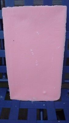 10kg PINK fragrant candle making wax.FREE wick,sustainers and instructions.