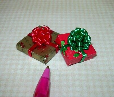 Miniature Pair (Set of 2) Christmas Present Gifts, SET #4: DOLLHOUSE 1/12