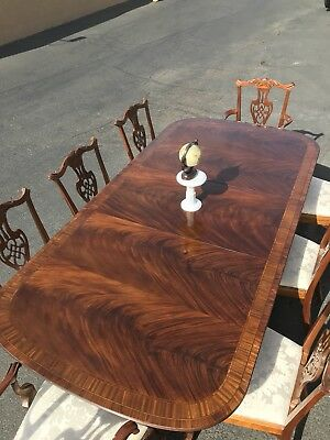 Stunning Antique Drexel Heritage Heirloom Mahogany Dining Room Set
