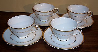 4 Pc Royal Doulton Covington Cups And Saucers  # H4966  Made In England