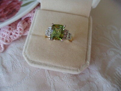 Antique Art Deco Vintage Gold Ring Peridot Green Sapphire White stones size 8 Q