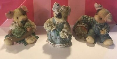 This Little Piggy Figurines Lot. Sow In Love, Sow Lucky, Season Eatings